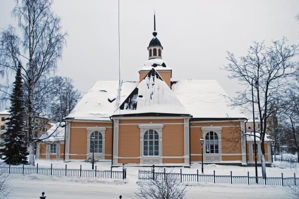 Kaksikielinen virsi-ilta Pietarsaaren kirkossa
